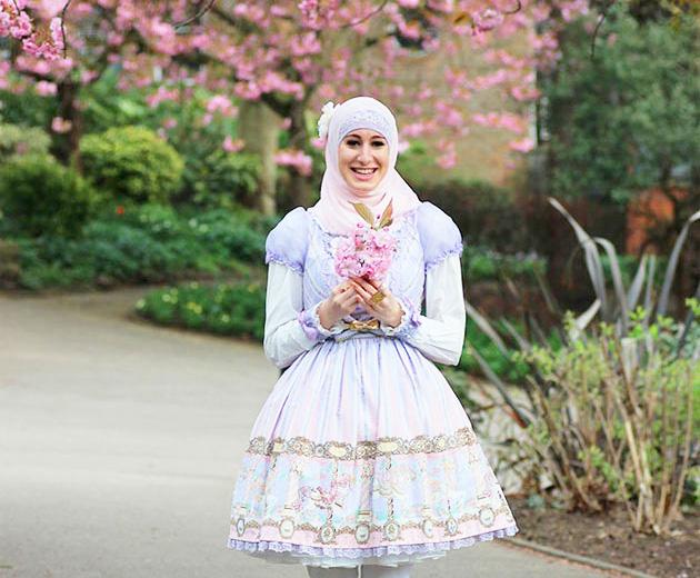 240715-lolita-muculmana-dest