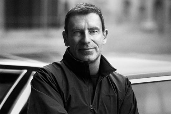 Tomas Maier é o estilista convidado pela Uniqlo pra nova colab!
