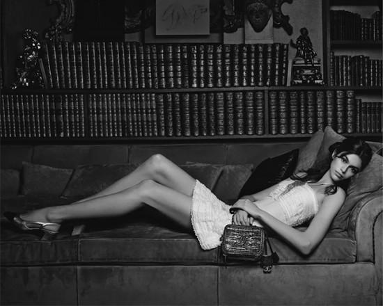 Kaia Gerber é a nova estrela da Chanel - clica pra ver mais!