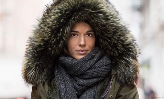 """Você sabia que """"look de inverno"""" é 6,9 vezes mais buscado que """"look de verão"""" no Google? Quem diria, né? Vem ver mais na galeria!"""