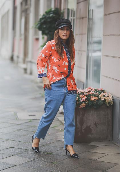 280218-google-mom-jeans