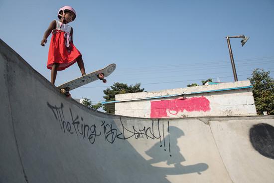 A Vans empodera garotas por meio do skateboard - vem ver!