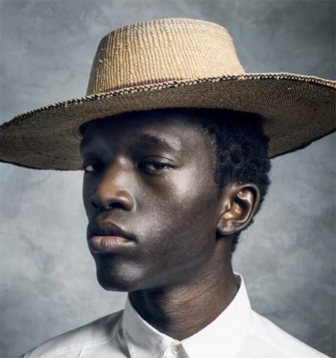 Wilson Oryema é modelo e ativista - clica pra ver mais!