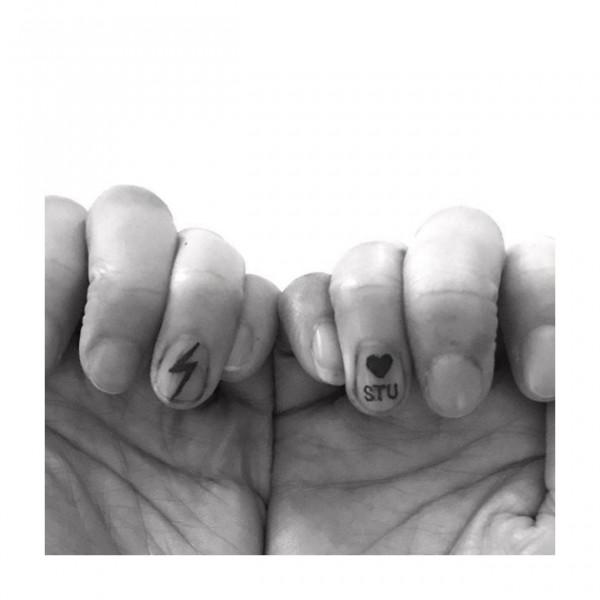 020418unha-tatuada6