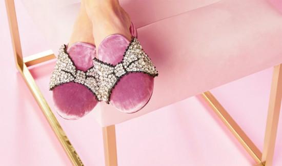 Minnie Mouse inspira a blogueira italiana Chiara Ferragni - clica pra ver mais das peças e dos preços!