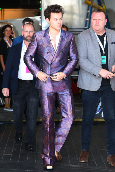 110518-harry-styles-02