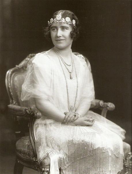 160819-meghan-markle-rainha-mae