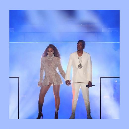 Casal fashionista em turnê: Beyoncé e Jay-Z com looks assinados por  LaQuan Smith! Clica pra ver mais!