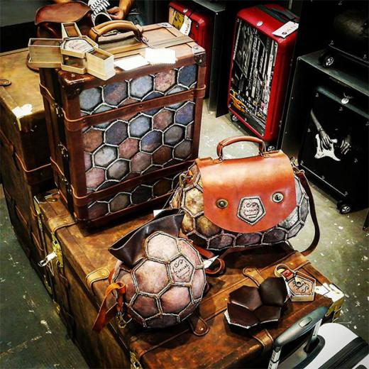 De bolsas de futebol velhas surgem vários acessórios: veja mais sobre a PangeA